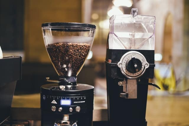 How To Choose A Coffee Grinder You'll Love (Tips, Terms & Suggested Models)